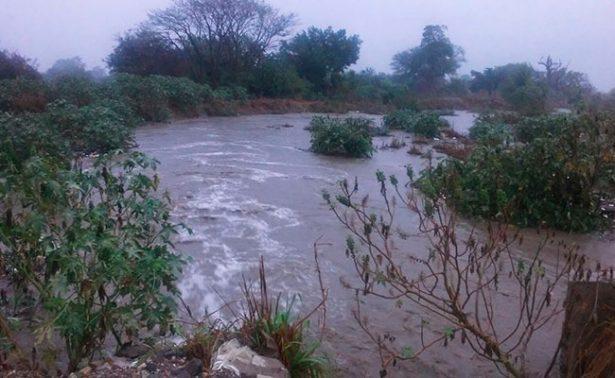 Suspenden clases por fuertes lluvias en Chiapas