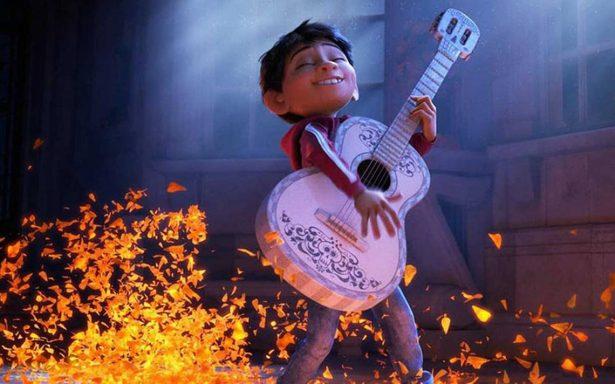 """Un secreto más de """"Coco"""": la guitarra de Miguel ¡es real!"""