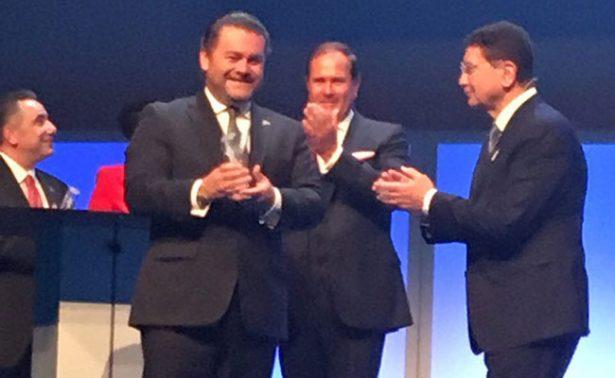 "Otorga la OMT el ""Tourism Star Award 2017"" a Fernando Olivera"