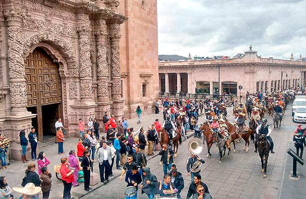 Realizan la 12 Cabalgata Turística de Zacatecas