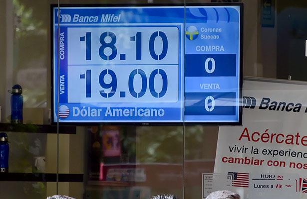 Pega dólar a Casas de Cambio de Zacatecas