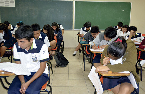 """Buscan erradicar la """"violencia en las aulas"""""""