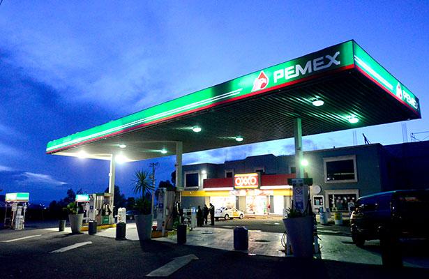 Escasea gasolina
