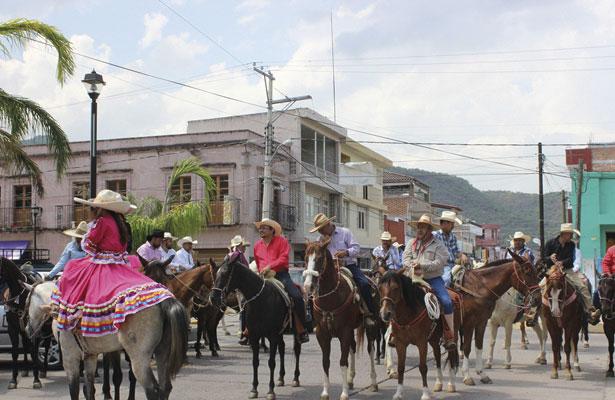 Cabalgata en honor a San Pedro Apóstol