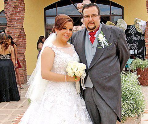 Rocío y Antonio se unen en matrimonio