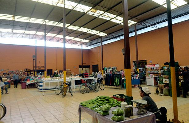 Urge mantenimiento al mercado de Jerez