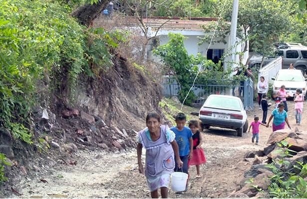 Continúa desabasto de agua en Juan Aldama
