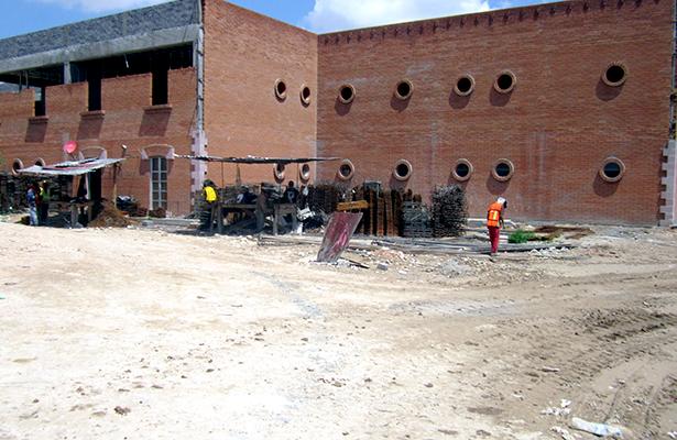Reinician construcción de alcaldía de Fresnillo