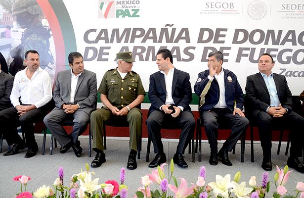 Zacatecas canjea armas de fuego por dinero