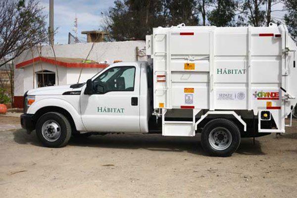 Urgen camiones recolectores en Guadalupe