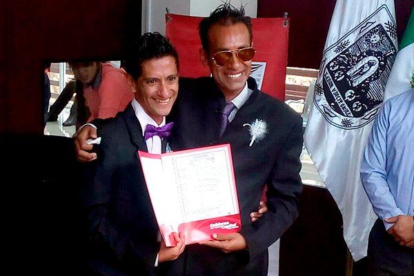 Celebran en Zacatecas el primer matrimonio gay