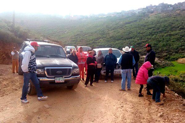Ejidatarios bloquean obras del bulevar Centenario