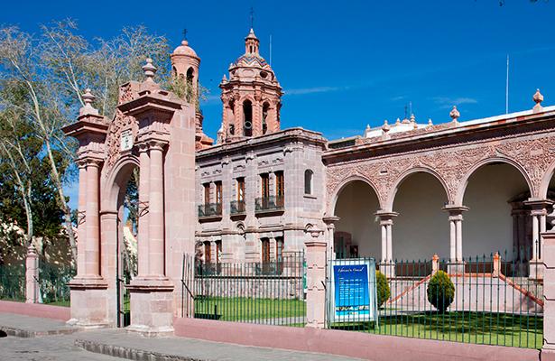 Museo de Guadalupe exhibe vida y obra del pintor Félix Parra