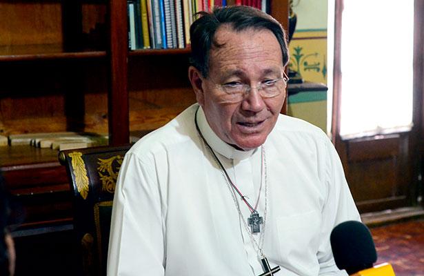 Lamenta obispo violencia magisterial