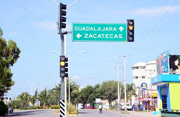 Modernizan los semáforos en Jerez