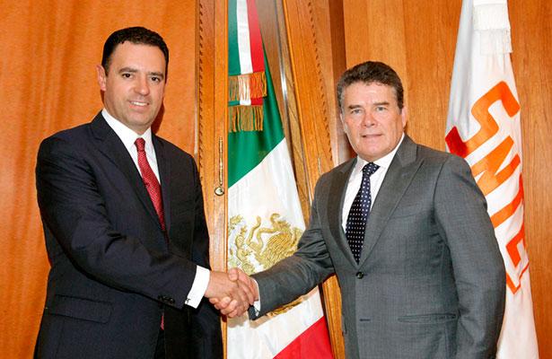 Respalda Alejandro Tello a líder del SNTE