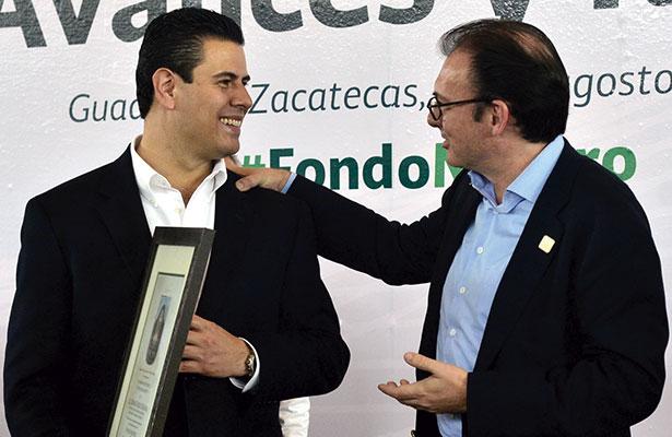 Se gestionó pago a maestros con Luis Videgaray