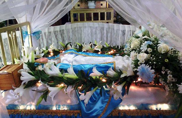 Celebran la Asunción de María en Pinos