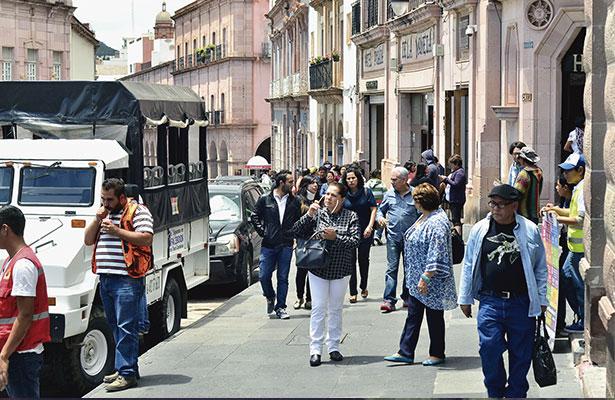Siguen llegando los turistas a la capital