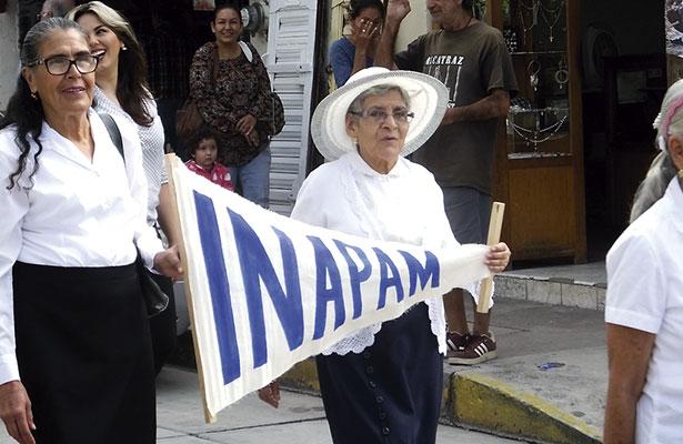 Inauguran festejos por el Día del Abuelo