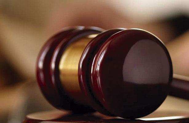 Tres funcionarios de la UAZ, demandados