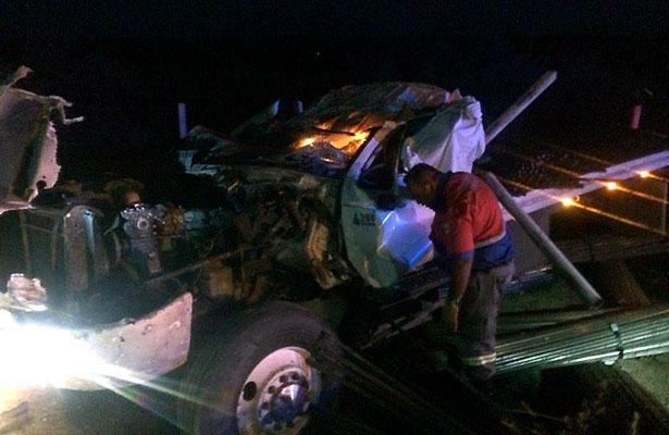 Murió conductor en un aparatoso accidente