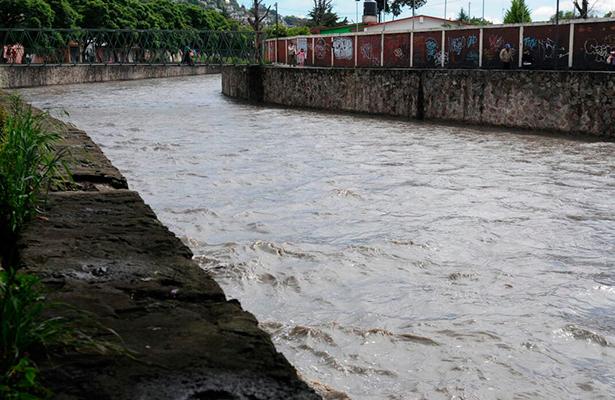 Tormenta eléctrica alertó a la población en Tlaxcala
