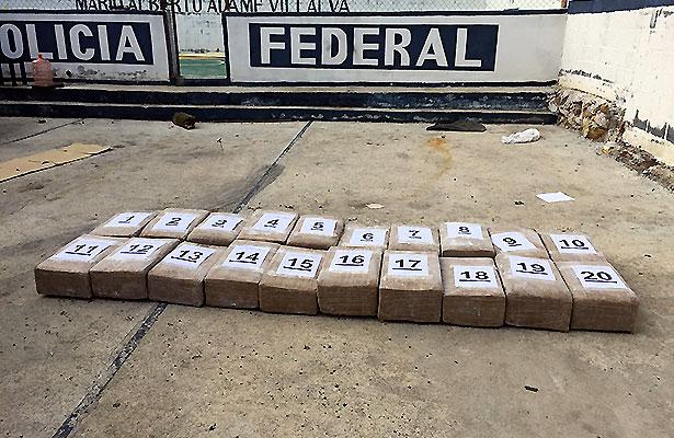 Investiga PGR a persona por llevar dos toneladas de marihuana