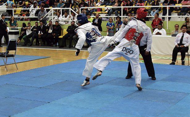 Los árbitros de taekwondo también se preparan