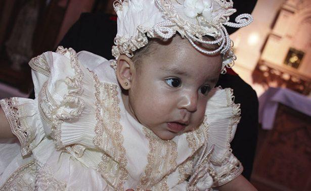Scarlet del Villar es la nueva hija de Dios
