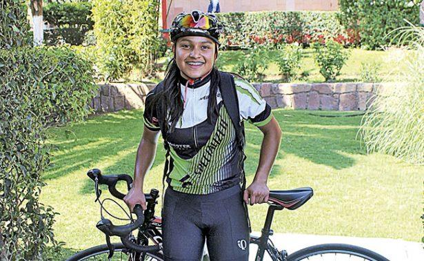 Zacatecanos van por el triunfo en triatlón