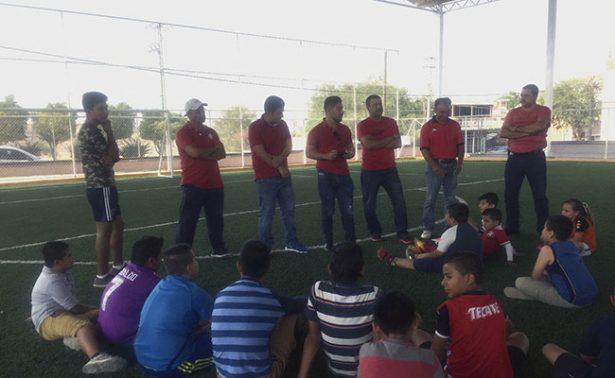 Presentaron a entrenadores del Club Mineros Jalpa