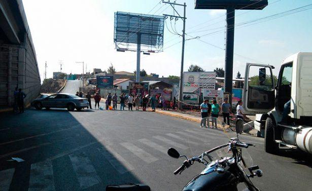 Bloquean Solidaridad; exigen agua en El Dorado