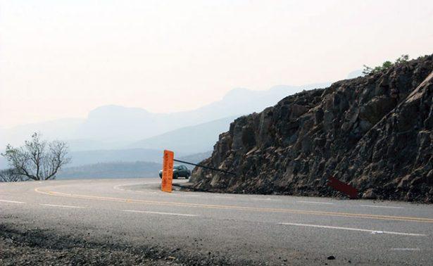 Construyen carreteras pero no las limpian