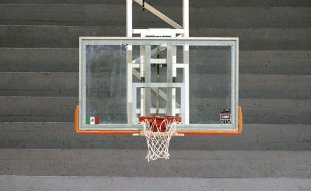 Liga de basquetbol sin gimnasio para sus partidos