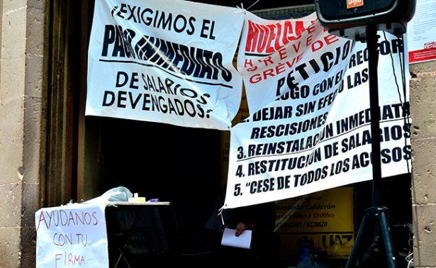 Merma la salud de docentes en huelga de hambre