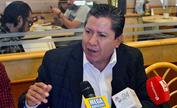 Compara David Monreal a gobernadores con jefes de plaza