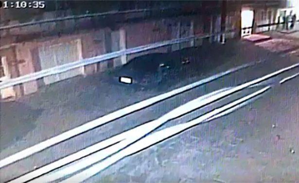 """[video] En minuto y medio se roban auto en """"La Pánfilo"""""""