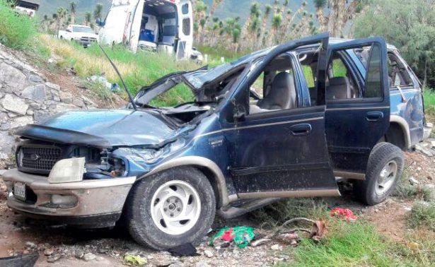 Mueren tres en carretera a Saltillo; hay cuatro heridos