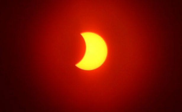 [galería y video] Eclipse de sol genera expectación en Zacatecas