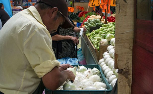 Precio de cebolla sube y aguacate se mantiene en 90 pesos