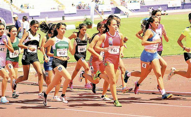 A la línea de salida los atletas zacatecanos
