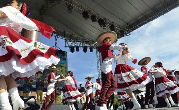 Zacatecas arrasó en el Festival del Folclor