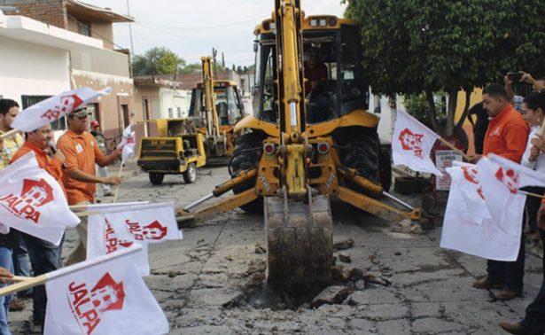 Invertirán casi cinco mdp en calle de Jalpa