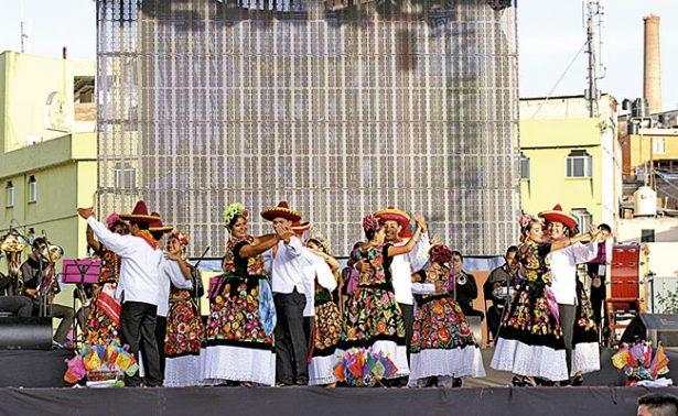 Oaxaca, presente en la ciudad de cantera y plata
