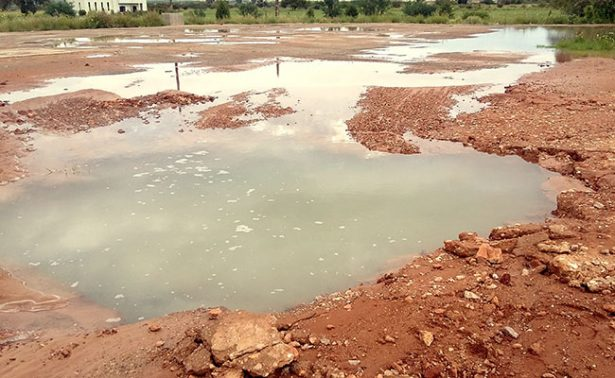 Ruptura de tubería deja a 65 mil fresnillenses sin agua