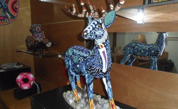 Exponen en Zacatecas piezas de arte wixárika