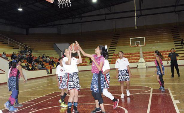 La Liga Telmex recibió a las damas sobre la duela
