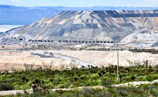 Desbloquean acceso a mina Peñasquito