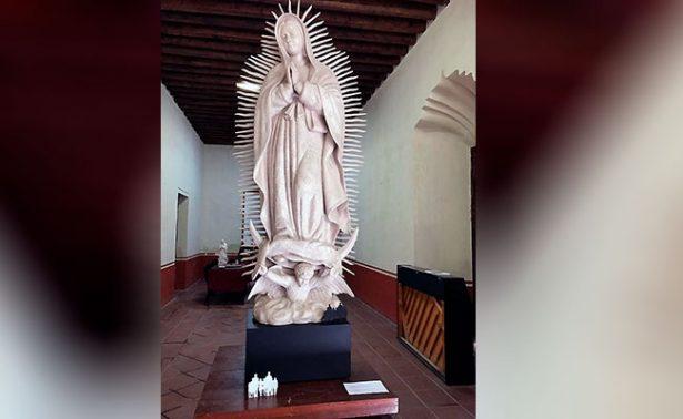 Carlos Espino, esculpió el modelo de la Virgen